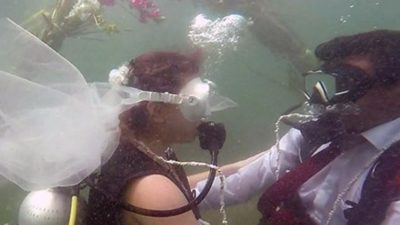 Slovakian Eunika Pogran and Maharashtrian Nikhil Pawar's wedding ceremony held 4 metres underwater.